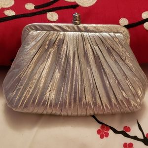 NWOT Vintage silver purse with chain